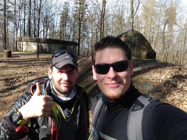 3 - U dělostřeleckého srubu - V lese